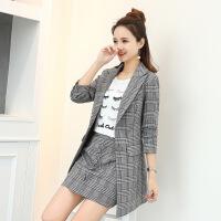 2018新款女装套装格子时尚套装女2018秋季新款女装两件套韩版时尚休闲短外套裙宽