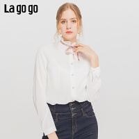 Lagogo/拉谷谷2019冬季新款木耳边单排贝壳扣衬衫女ICSS53YC14