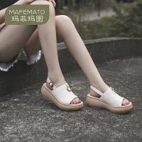 玛菲玛图2020新款真皮女凉鞋松糕厚底坡跟鱼嘴后空凉鞋夏时尚外穿凉拖鞋女8113-10