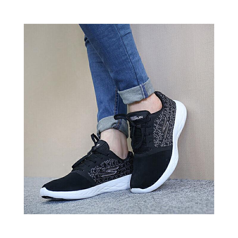 Skehers斯凯奇女鞋运动跑步鞋缓震系带休闲鞋 尺码偏大;请参照内长或询问客服