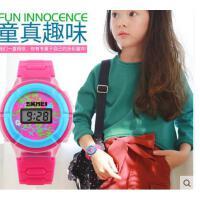 男女学生儿童手表腕表男表潮流时尚女表个性三色彩灯电子表可礼品卡支付