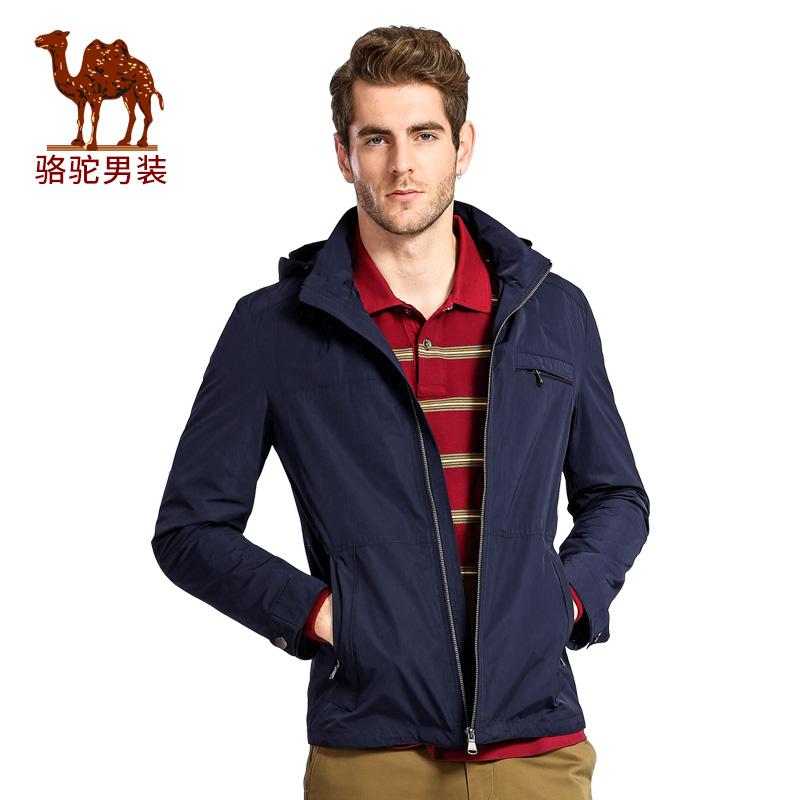 骆驼男装 春季连帽纯色商务休闲散口袖外套男夹克衫