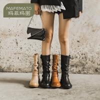 玛菲玛图秋冬季靴子女欧美皮带扣褶皱中筒靴潮流堆堆靴女5751B-68