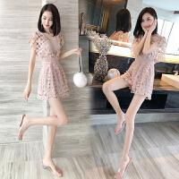 连衣裙女夏2019新款镂空蕾丝V领显瘦性感很仙的连体短裤心机裙子