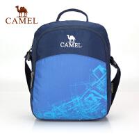 Camel骆驼 户外单肩包 多用途单肩旅游休闲包 野营徒步挂包