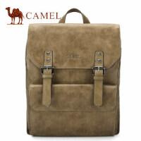Camel骆驼男包2017新款男士双肩包复古翻盖休闲书包潮旅行背包男