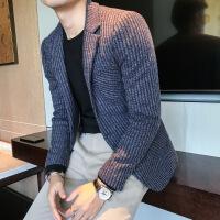 男秋冬外套秋冬男士纯色修身西装外套 时尚纯色竖条针织休闲单西 西服上衣