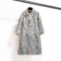 改良旗袍连衣裙冬款女长袖小香风夹棉加厚盘口刺绣短款宴会礼服 浅蓝色