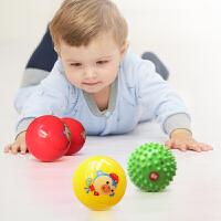 【当当自营】费雪(Fisher Price)玩具 儿童玩具球 新生儿训练球猴年套装(宝宝摇铃球按摩球哑铃球)F0905