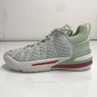 耐克儿童 LEBRON XVIII 詹姆斯男女中童运动篮球鞋 CT4713-002浅玉