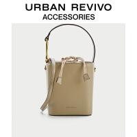 URBAN REVIVO2021春夏新品女士配件潮流时尚水桶包AW18TG2N2000