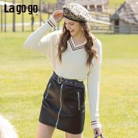 Lagogo2019冬季新款V领拼色白色百搭针织衫女气质上衣ICMM439G81