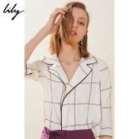 【2件4折到手价:211.6元】 Lily20夏新款复古优雅西装领宽松格子套头衬衫女119210C4189