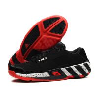 adidas阿迪达斯男鞋篮球鞋2018团队实战运动鞋Q33337