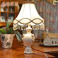欧式宫廷鎏金象牙瓷台灯 卧室床头结婚庆创意复古典客厅装饰灯具