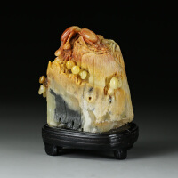 寿山巧色三彩芙蓉石 精雕富甲天下摆件