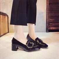 女鞋春秋单鞋中跟2019乐福鞋一脚蹬粗跟英伦风小皮鞋女小码313233