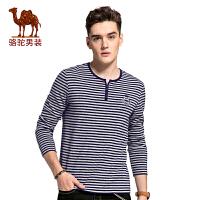 骆驼男装 2017秋季新时尚条纹精致袖标男士T恤休闲男长袖