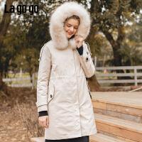 Lagogo2019冬季新款女连帽可脱卸毛领羽绒服白鸭绒外套ICYY33YA90