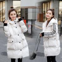 冬季外套时尚白色孕后期棉袄孕妇中长款潮妈宽松棉衣