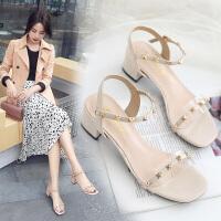 法式复古凉鞋2020春新款ins潮夏季一字式扣带粗跟露趾时装女鞋子