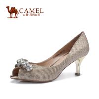 Camel骆驼女鞋 时尚鱼嘴酒杯跟蝴蝶花饰高跟单鞋