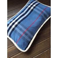 一个大人孩子都可以用的枕头。 荞麦壳的