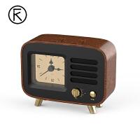 胡桃木创意复古可爱无线蓝牙音箱便携式迷你闹钟小音响家用户外原桃木质时钟礼品低音炮