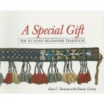 预订 A Special Gift: The Kutchin Beadwork Tradition [ISBN:978