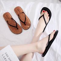 简约人字拖女夏平底外穿时尚百搭度假夹脚海边沙滩凉拖鞋