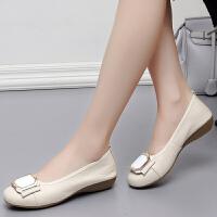 春秋平底女鞋软底孕妇妈妈鞋平跟大码女士单鞋圆头中老年皮鞋