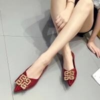 尖头单鞋女平底女鞋2019秋鞋百搭瓢鞋网红红色婚鞋浅口豆豆鞋