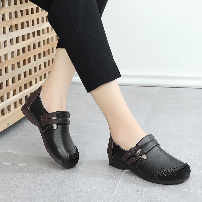 2019秋季妈妈鞋单鞋软底女舒适名族风复古中老年女鞋圆头皮鞋