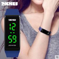男女学生 潮流时尚防水LED电子表轻巧便利户外运动中性腕表