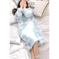 舒适面料 亲肤保暖 长袖女士睡衣 宽松女人珊瑚绒睡裙加厚保暖大码家居服    支持礼品卡