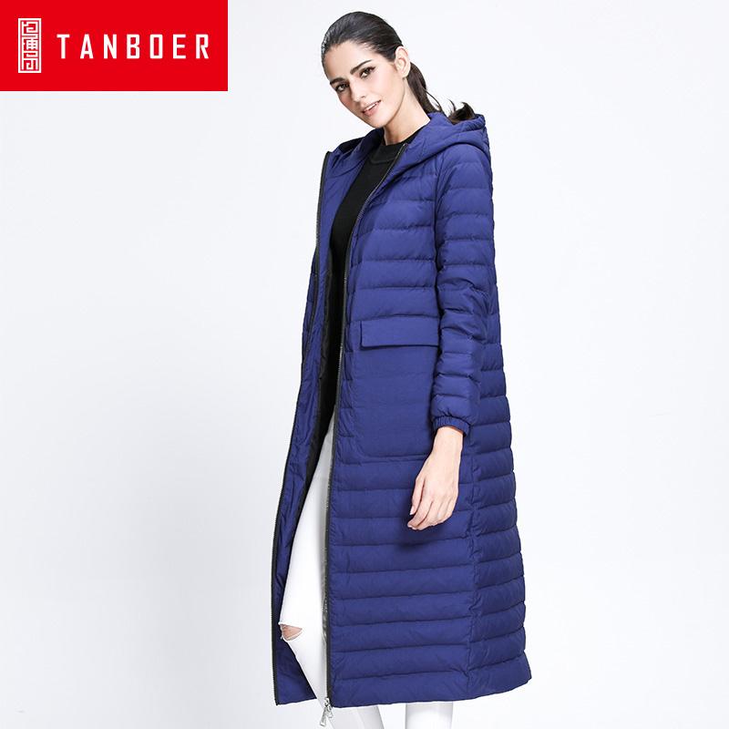 坦博尔新款冬季轻薄长款羽绒服女过膝连帽口袋修身韩版外套TD3752过膝长款轻薄 气质优雅