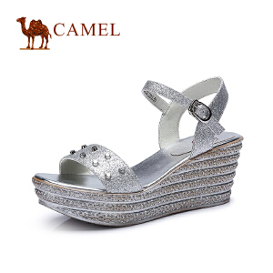 Camel骆驼女鞋  时尚 夏新款坡跟前掌厚闪粉布高跟凉鞋